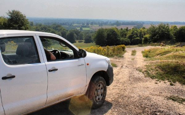 Half Day One-to-One Off Road Driving Experience in Kent Extremedays Experience 2