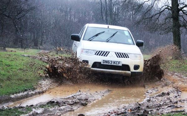 Half Day One-to-One Off Road Driving Experience in Kent Extremedays Experience 3