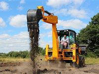 JCB Driving Day for One at Diggerland